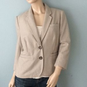 Banana Republic Tan Crop sleeve Large Blazer suit